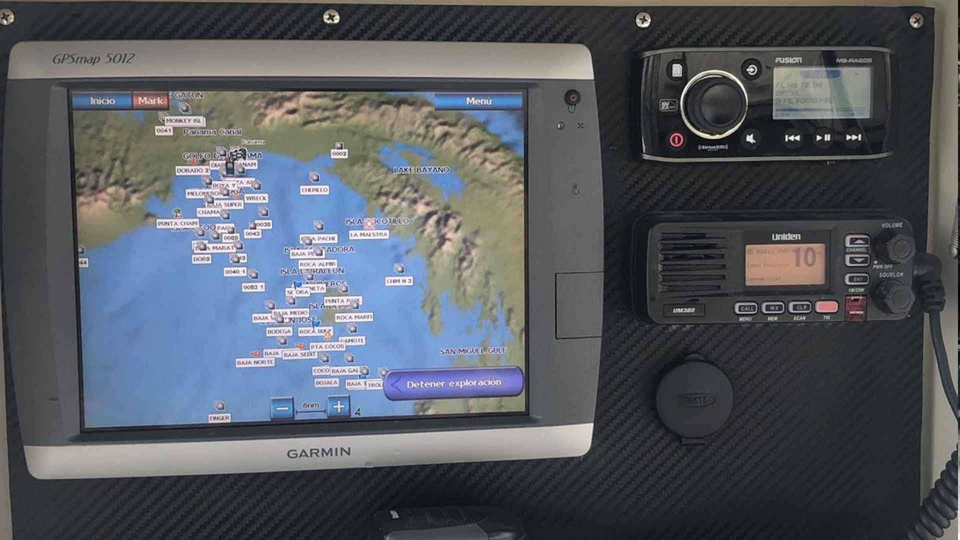 Garmin GPS Map and Uniden Radio