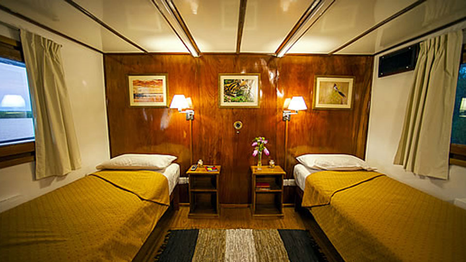 Golden Dorado River Cruiser Cabin