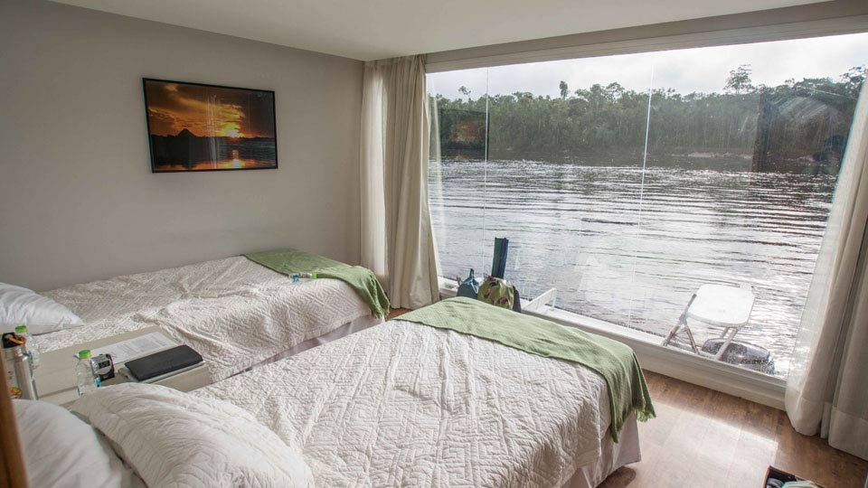 Untamed Amazon bedroom