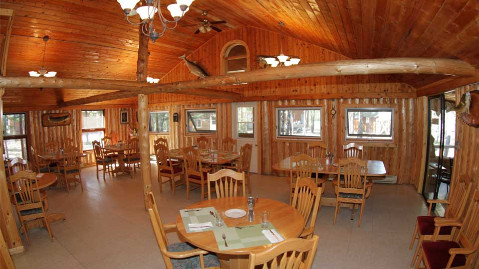 Minor Bay Lodge Dining