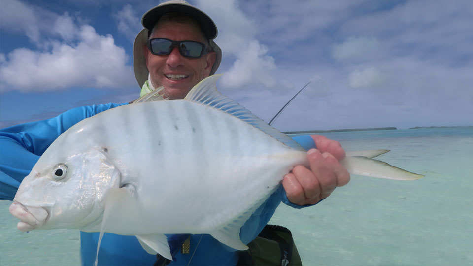 Fanning Island golden trevally fishing